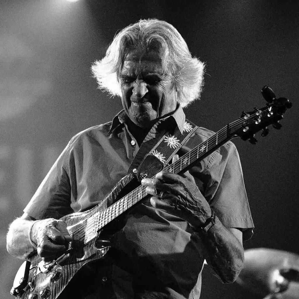 John-MacLaughlin-jazz-guitarist