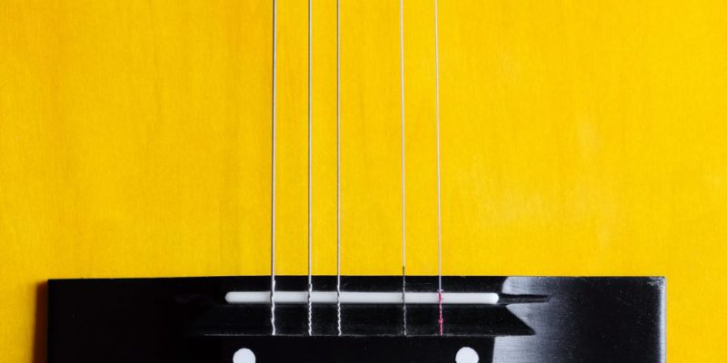 how-to-change-guitar-strings